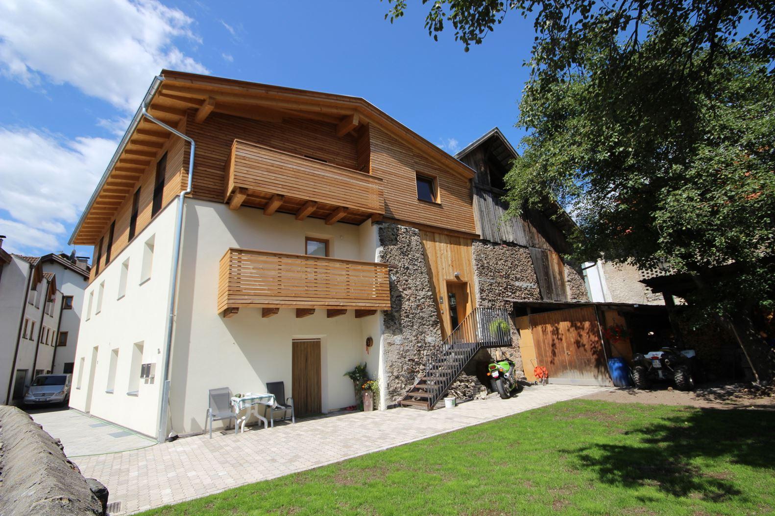 Una mansarda in montagna for Opzioni di raccordo per l esterno della casa
