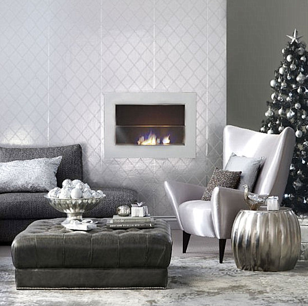 Metallic-Christmas-decorations-in-a-modern-living-room