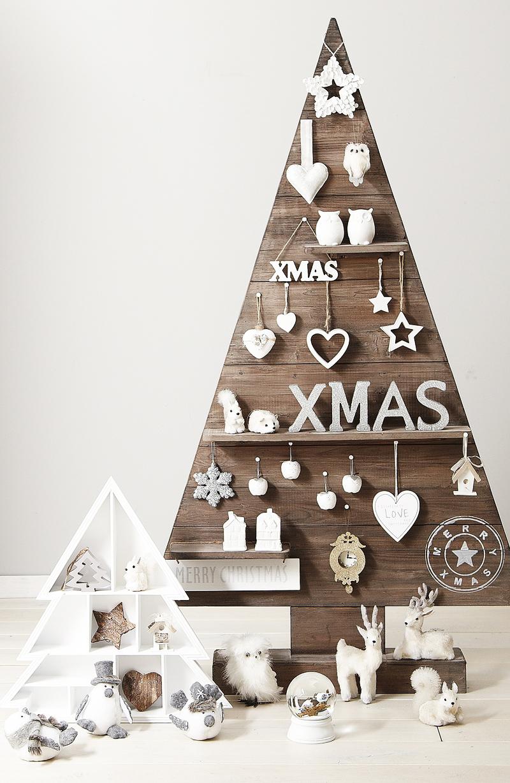 christmas-pallets-tree-designrulz-1