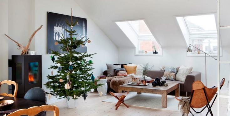 5 idee per decorare la mansarda a natale - Decorare finestre per natale ...