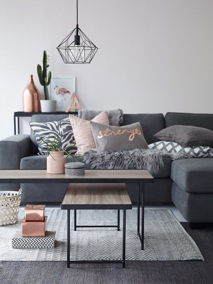 Decorate-living-room-with-Charcoals