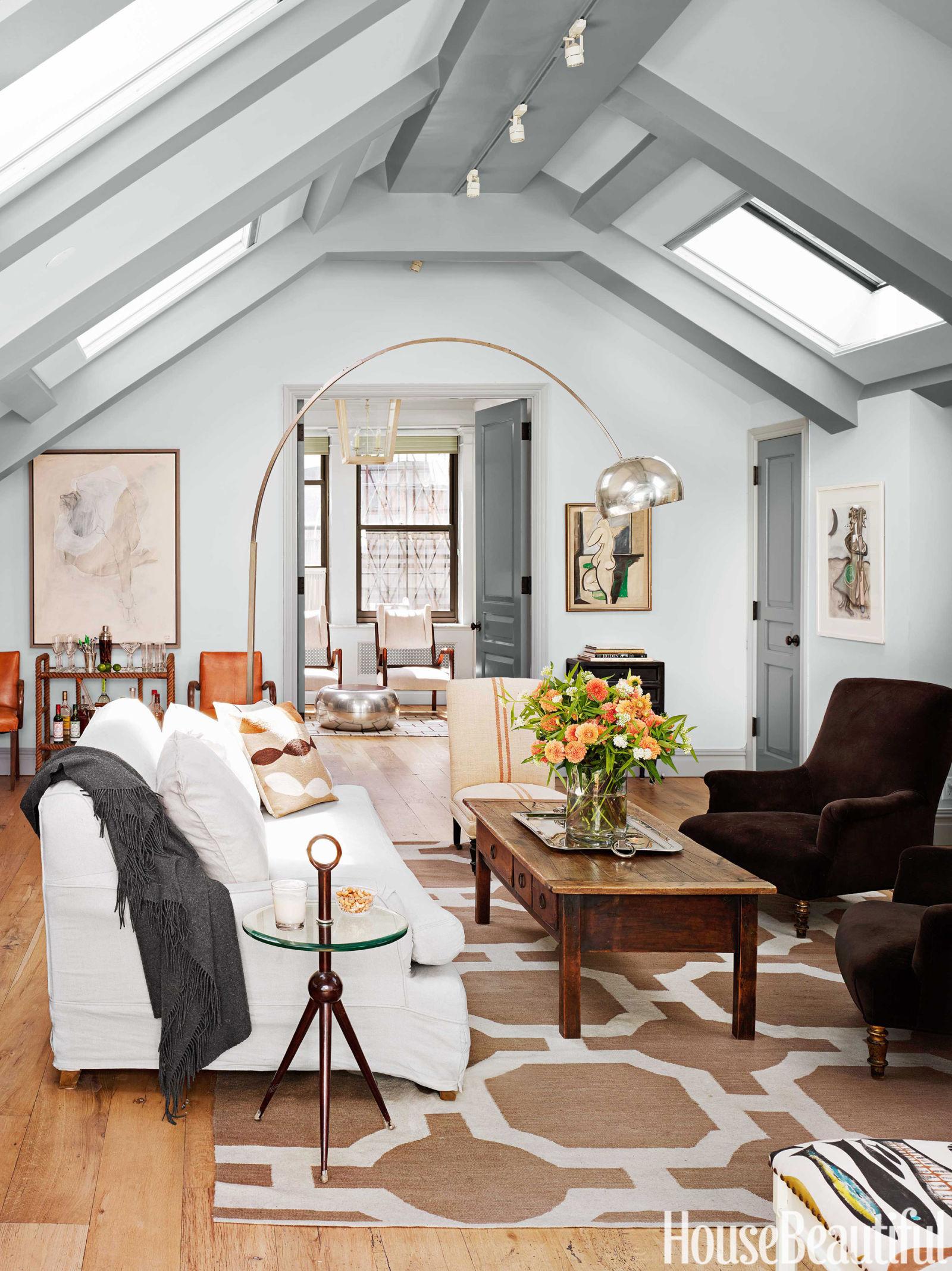 Una mansarda dallo stile parigino - Pulci nel letto ...
