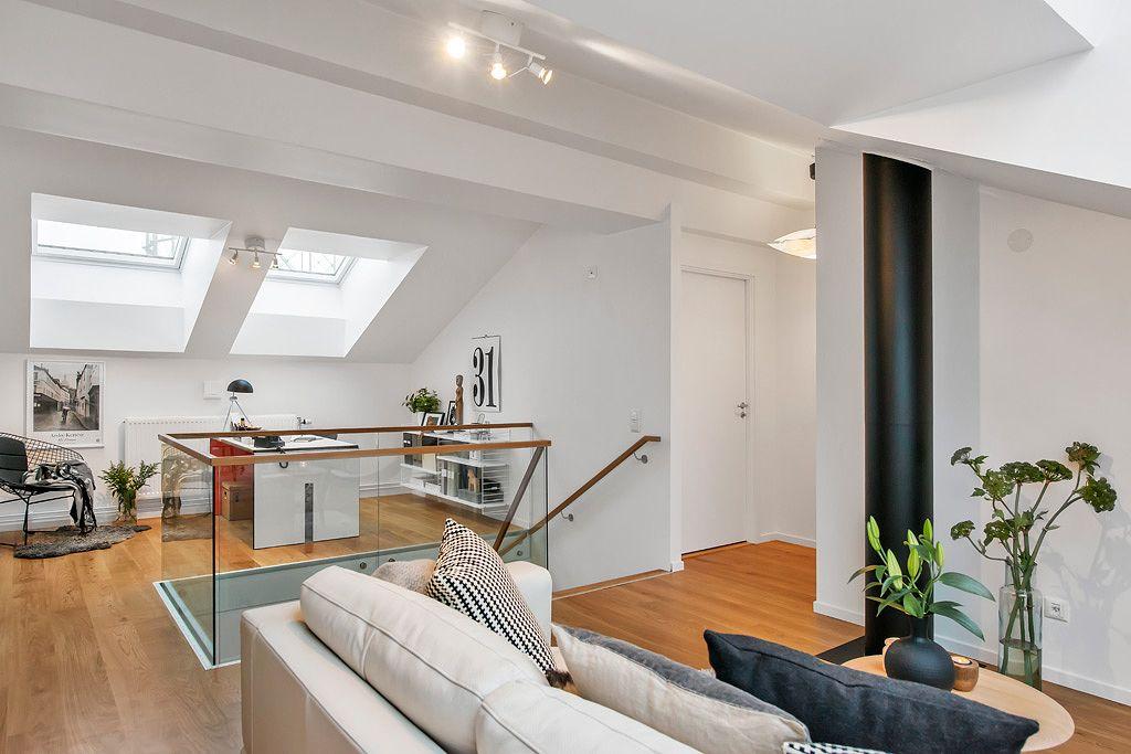 Un duplex tranquillo e accogliente in stile nordico for Piani loft appartamento