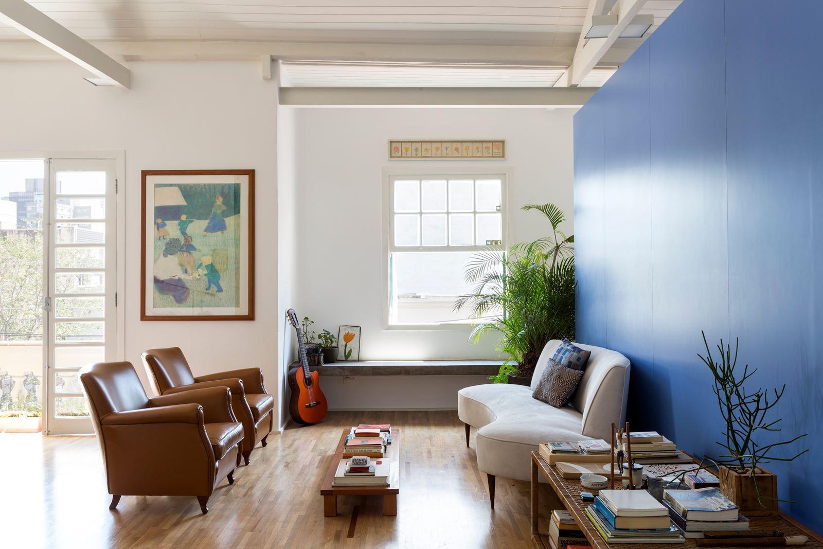 Un appartamento sui toni del blu for Un appartamento