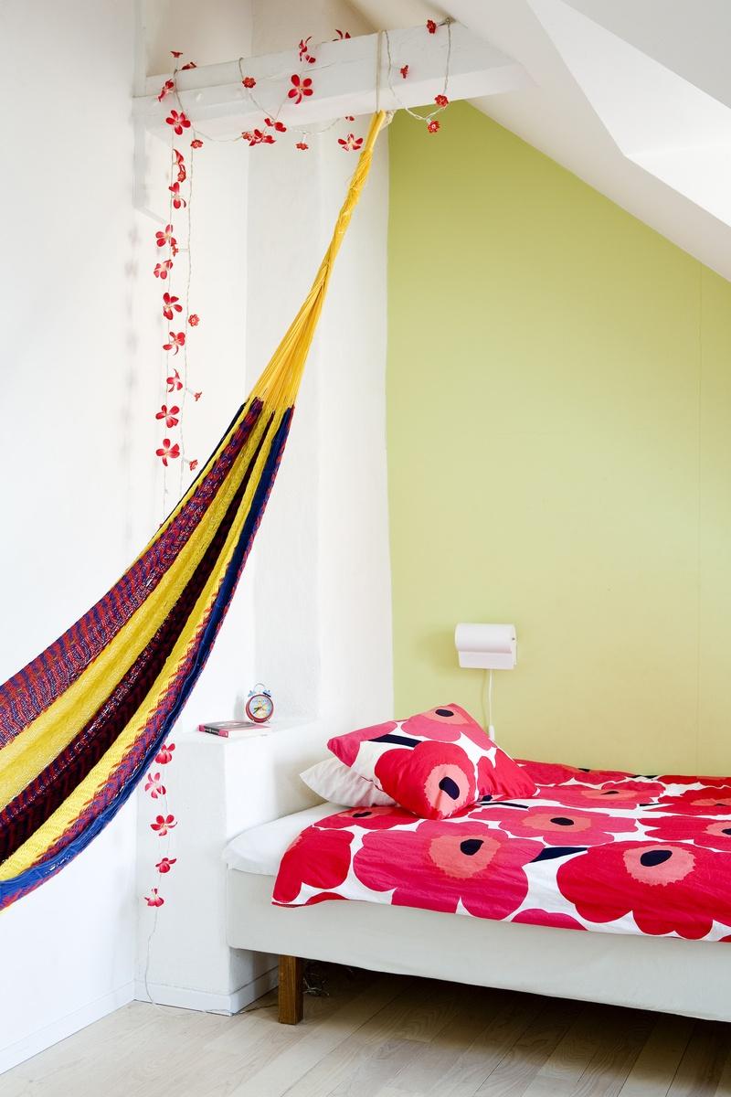 Camera Soffitto Colorato: Camerette per bambini in cartongesso soluzioni colorate e divertenti.
