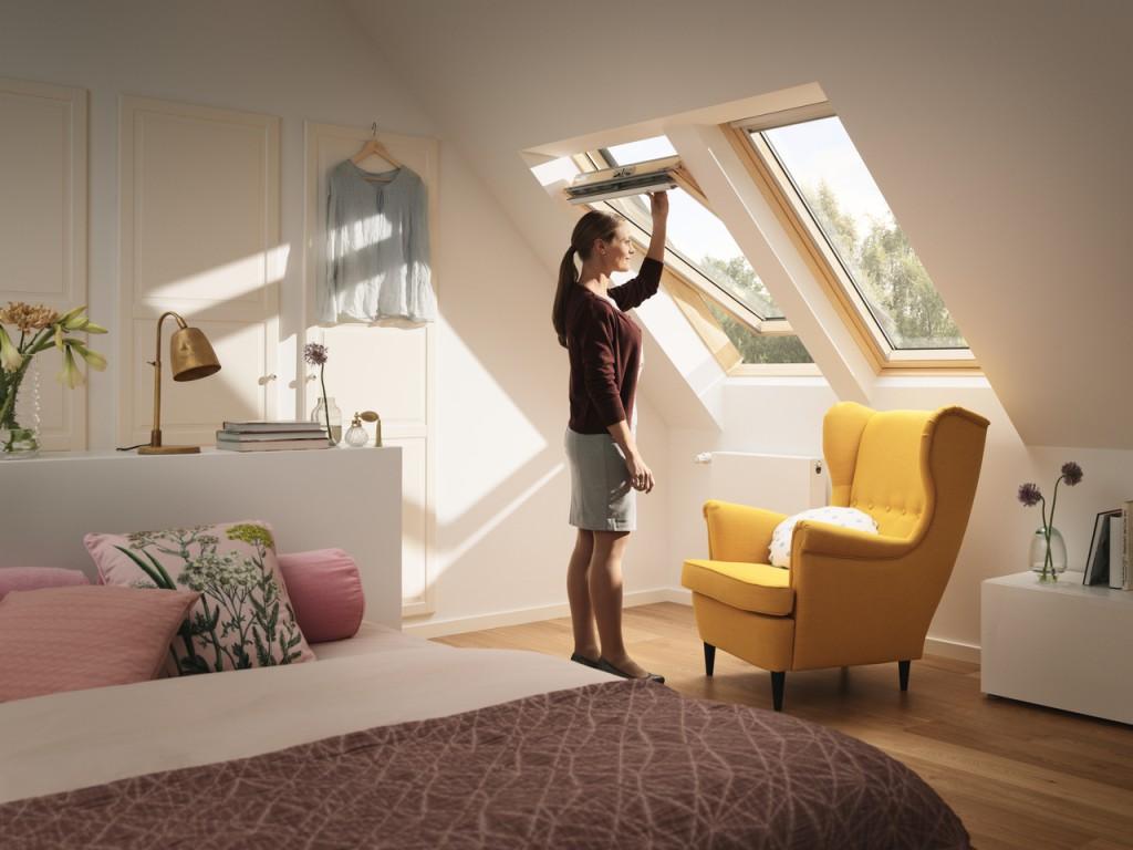 Quali sono le migliori finestre per tetti for Finestre velux doppia apertura