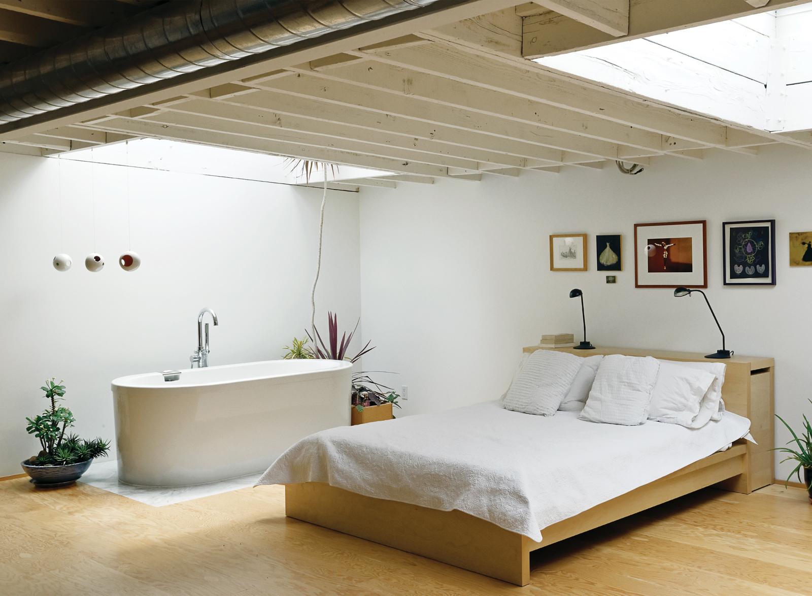 Camera da letto con vasca for Studio in camera da letto