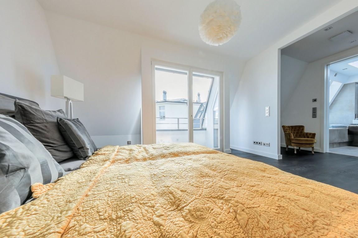 Una mansarda minimalista a Berlino - Mansarda.it