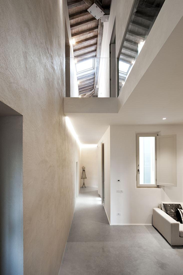 un appartamento su due livelli a siena