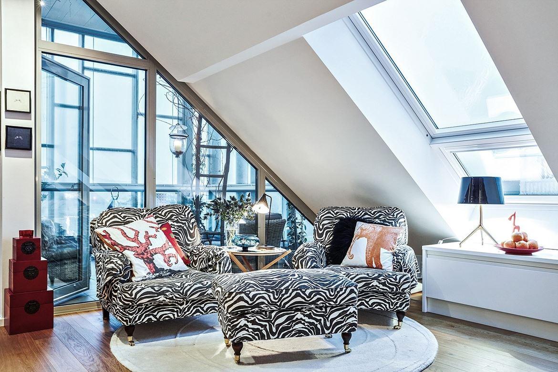 Un attico dallo stile eclettico con vista sulla citt for Arredamento stile eclettico