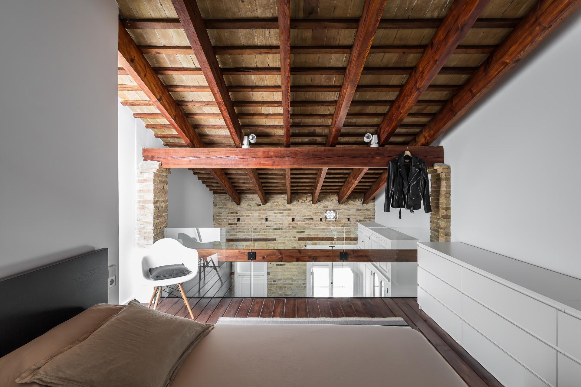 Un Loft Ristrutturato In Spagna Mansarda It