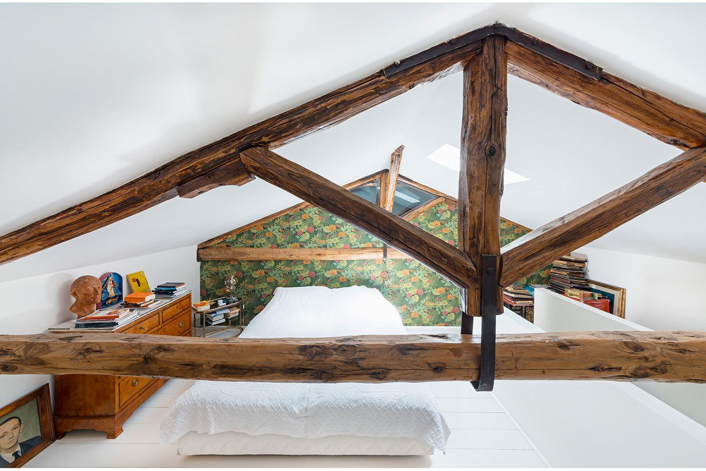 Una casa con camera da letto in mansarda for Quanto costa una casa con 4 camere da letto