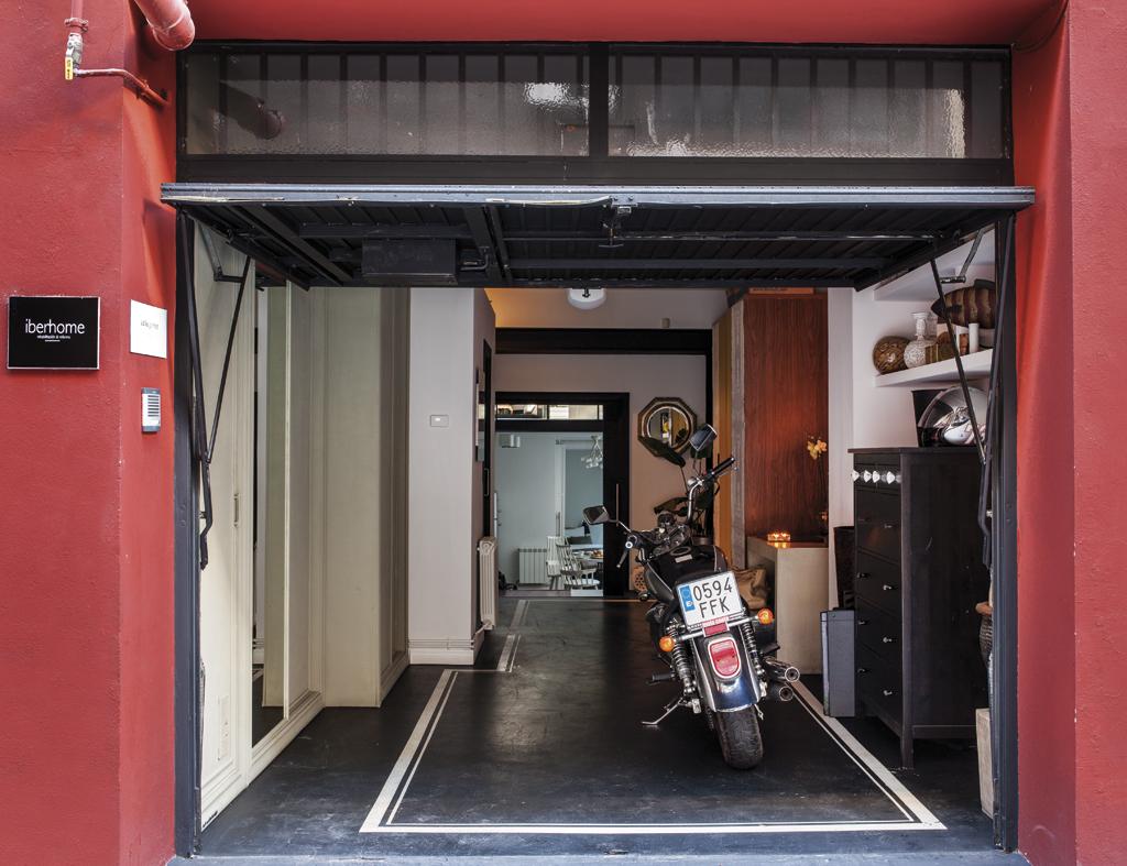 Un loft in stile industriale for Idee aggiuntive di garage allegato