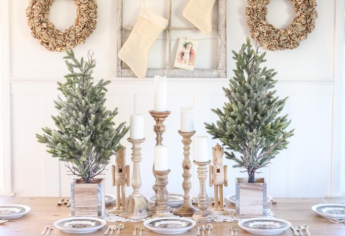 farmhouse-christmas-dining-room-6