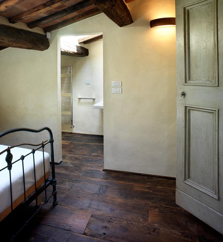 Il recupero di un edificio colonico in toscana for Idea casa arezzo