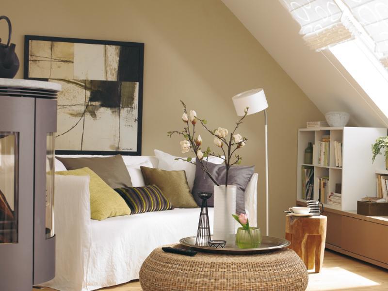 come dare una rinfrescata all 39 arredamento di una mansarda. Black Bedroom Furniture Sets. Home Design Ideas