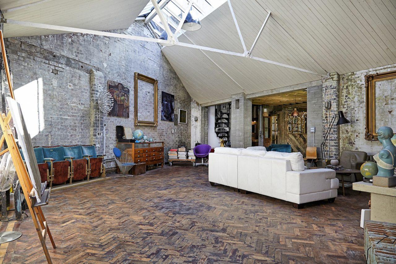 Quanto Costa Ristrutturare Un Rustico un loft dallo stile rustico a londra - mansarda.it