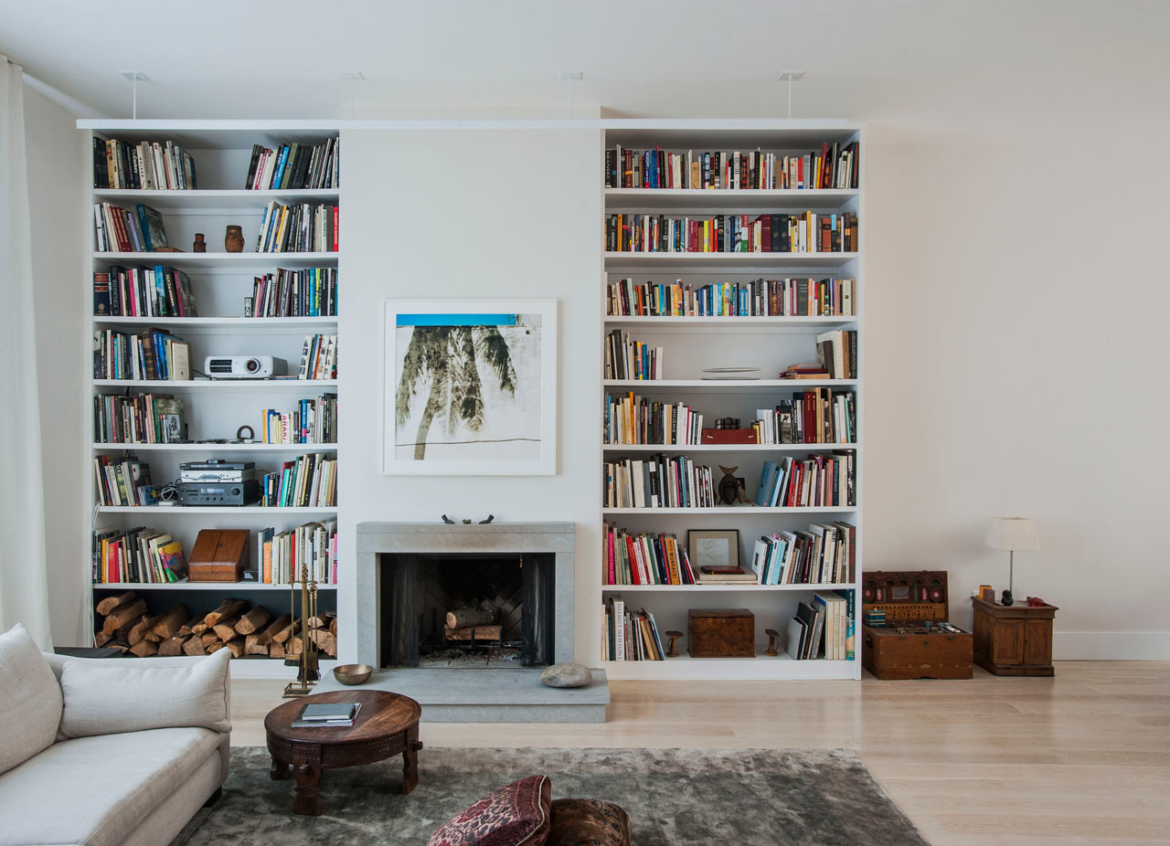 Una caserma trasformata in casa e studio for Piani di casa con due master suite al primo piano