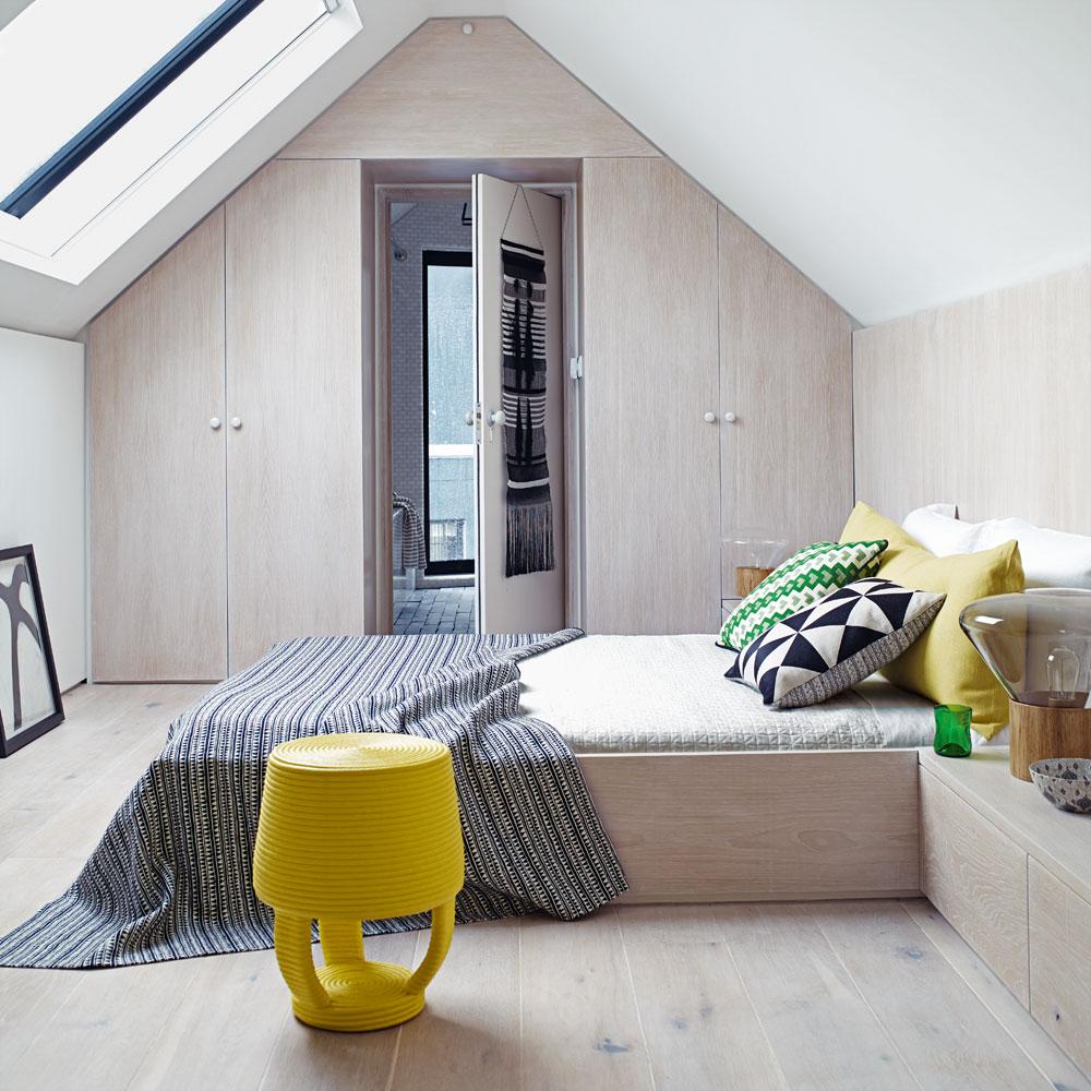 Come trovare l 39 armadio giusto per gli spazi della mansarda for Interior designs for small bedrooms pictures