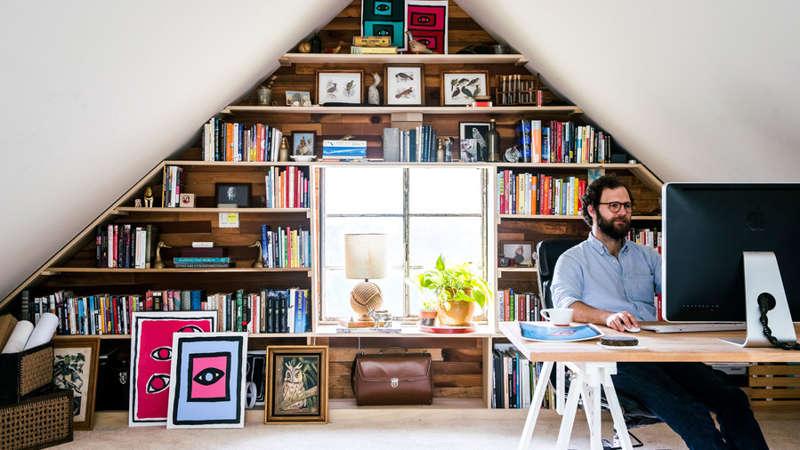 Libreria in mansardas