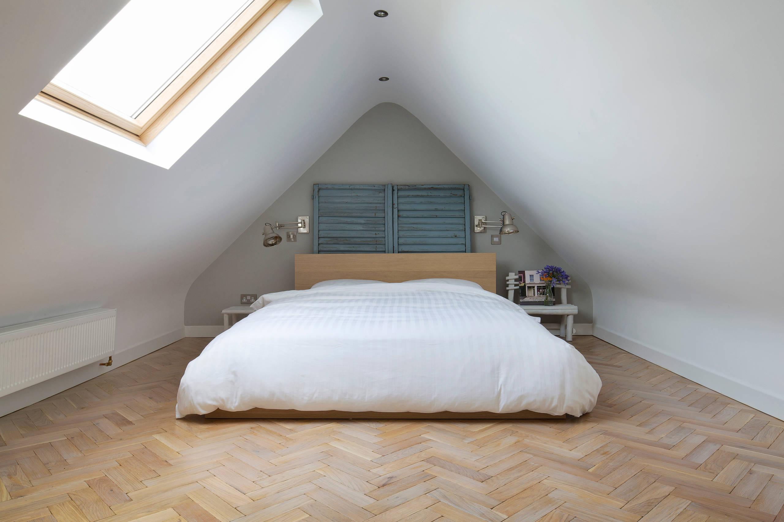 Come arredare camere da letto dal soffitto basso mansarda