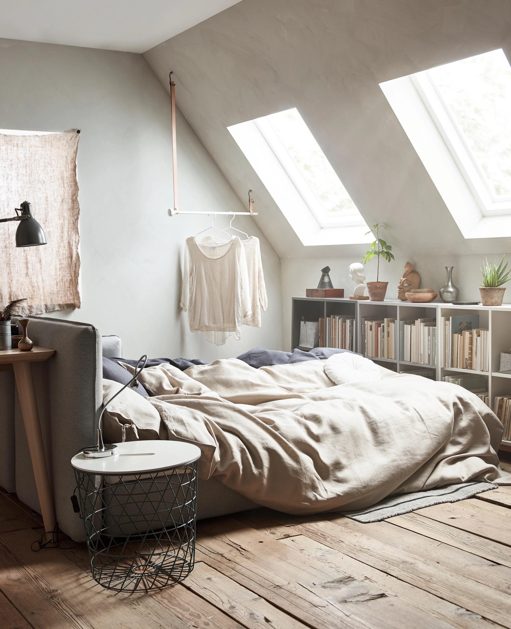 Come ricavare una camera per gli ospiti in mansarda for Soluzioni letto per ospiti