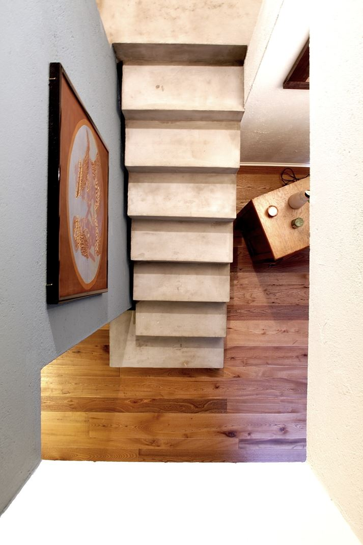 Da fienile a mansarda per gli ospiti for Moderni piani casa fienile