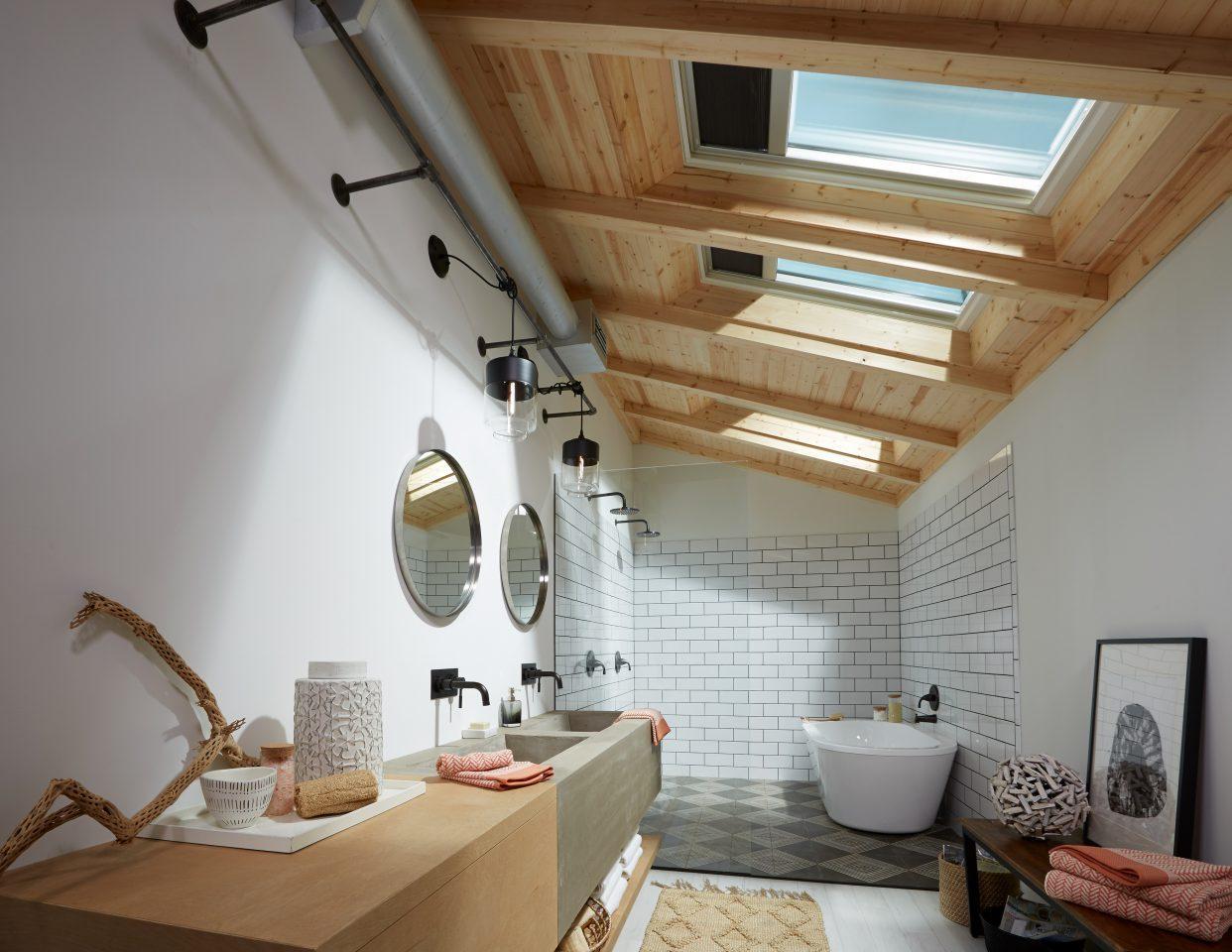 Come rendere pi luminoso il bagno - Bagno nel sottotetto ...