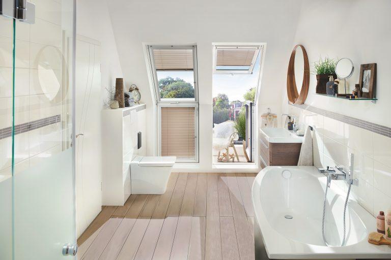 Come rendere pi luminoso il bagno - Bagno rettangolare progetto ...