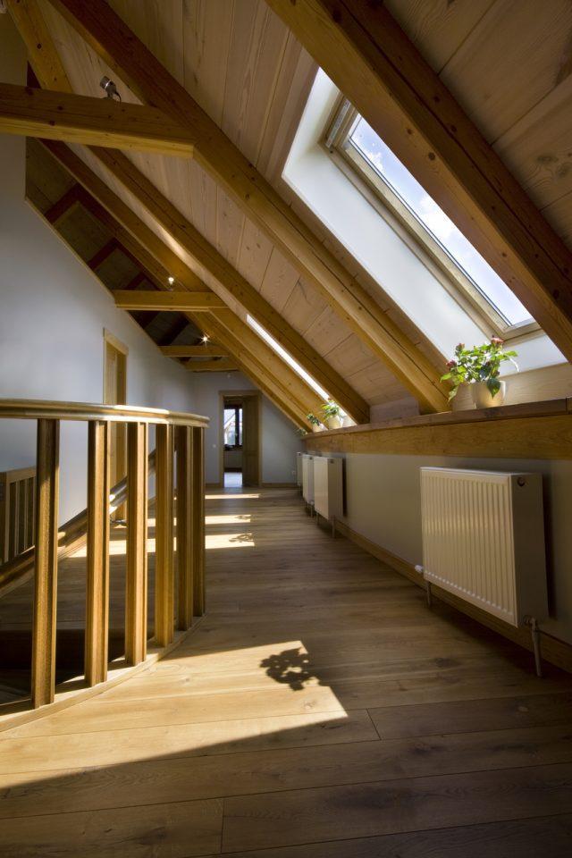 Mansarda in legno for Sottotetto in legno