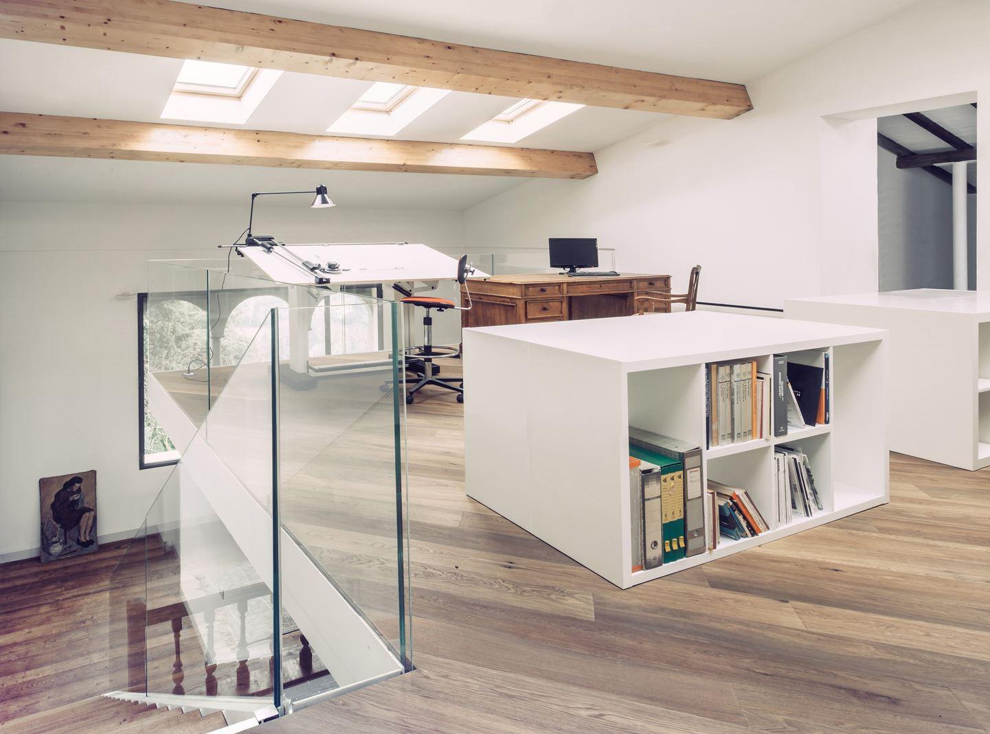 Come aggiungere luce alle stanze per le attivit in casa - Come fare un soppalco in casa ...