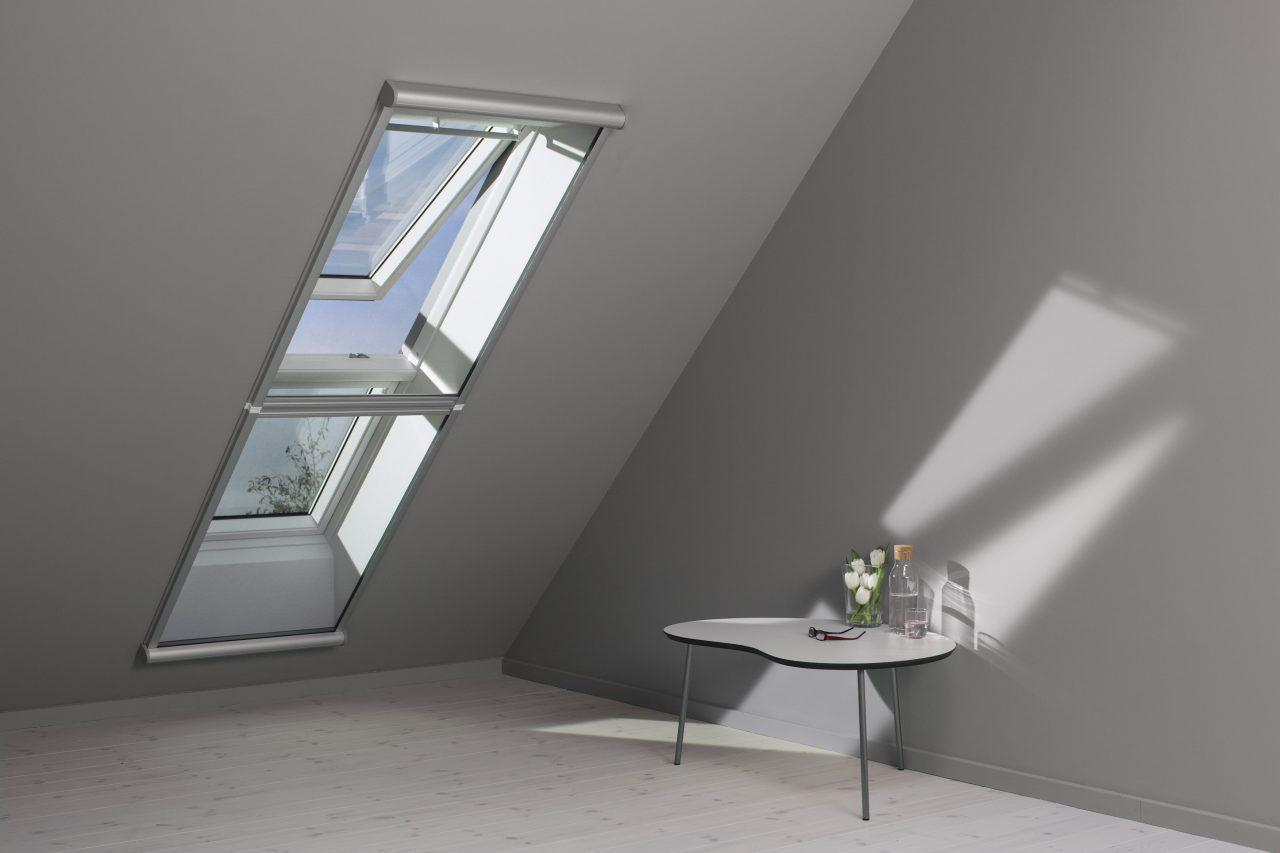 Studio in mansarda foto immagini e idee for Finestra nel tetto