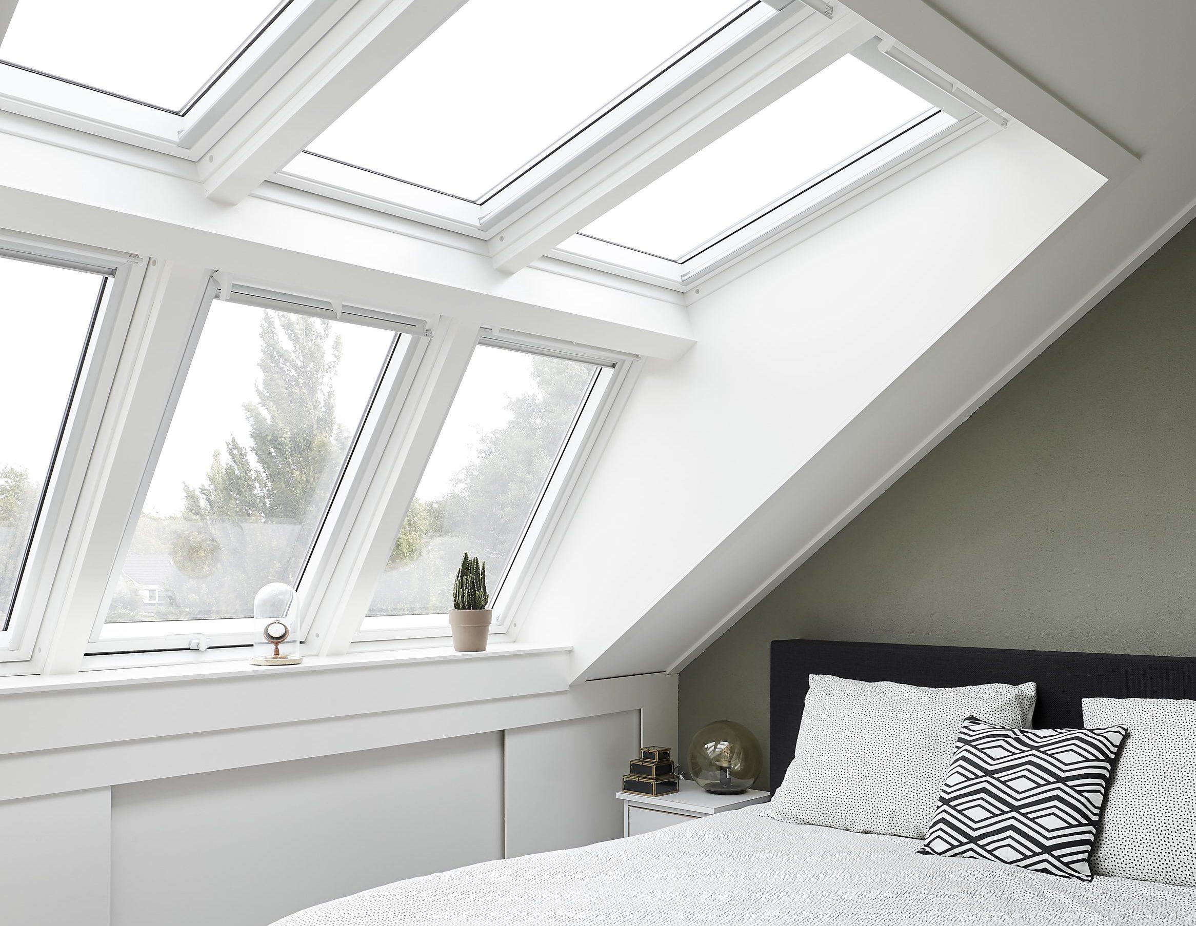 Abbaino tetto prezzi for Velux tetto in legno