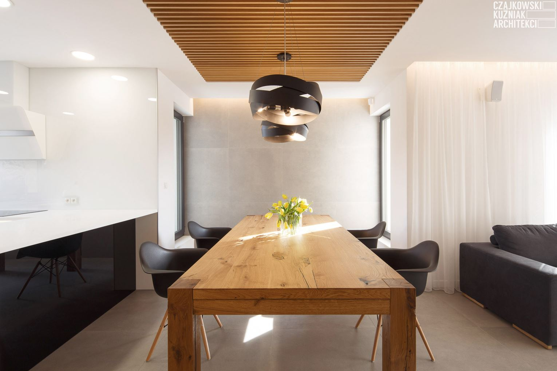 Un appartamento a due piani con zona relax in mansarda for Sala pranzo mansarda