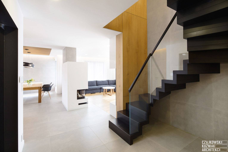 Bagno In Camera Con Vetrata : Un appartamento a due piani con zona relax in mansarda mansarda