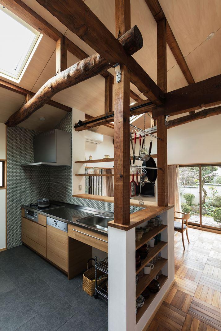 Una casa giapponese immersa nella luce for Aiuto nella progettazione della casa