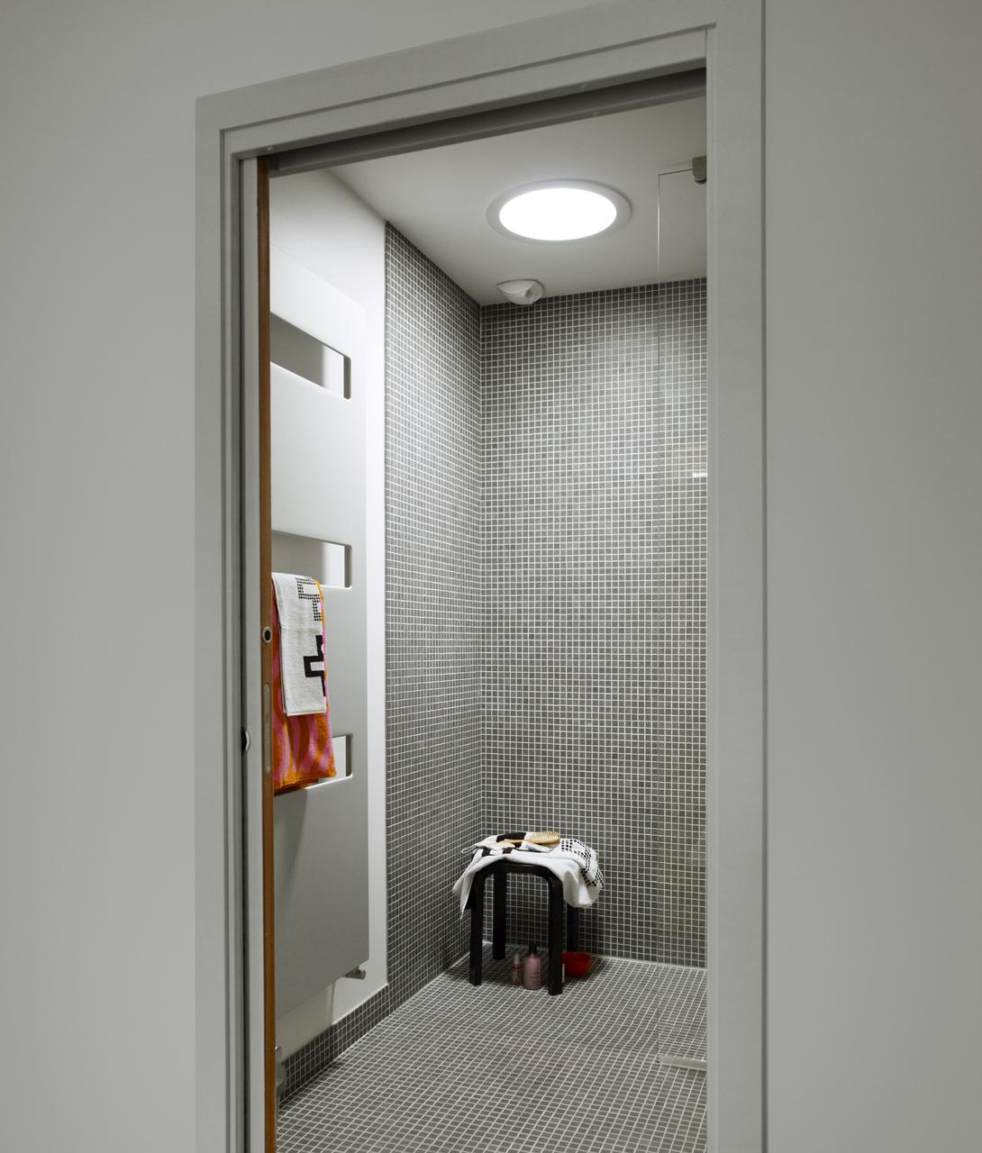 doccia tunnel solare