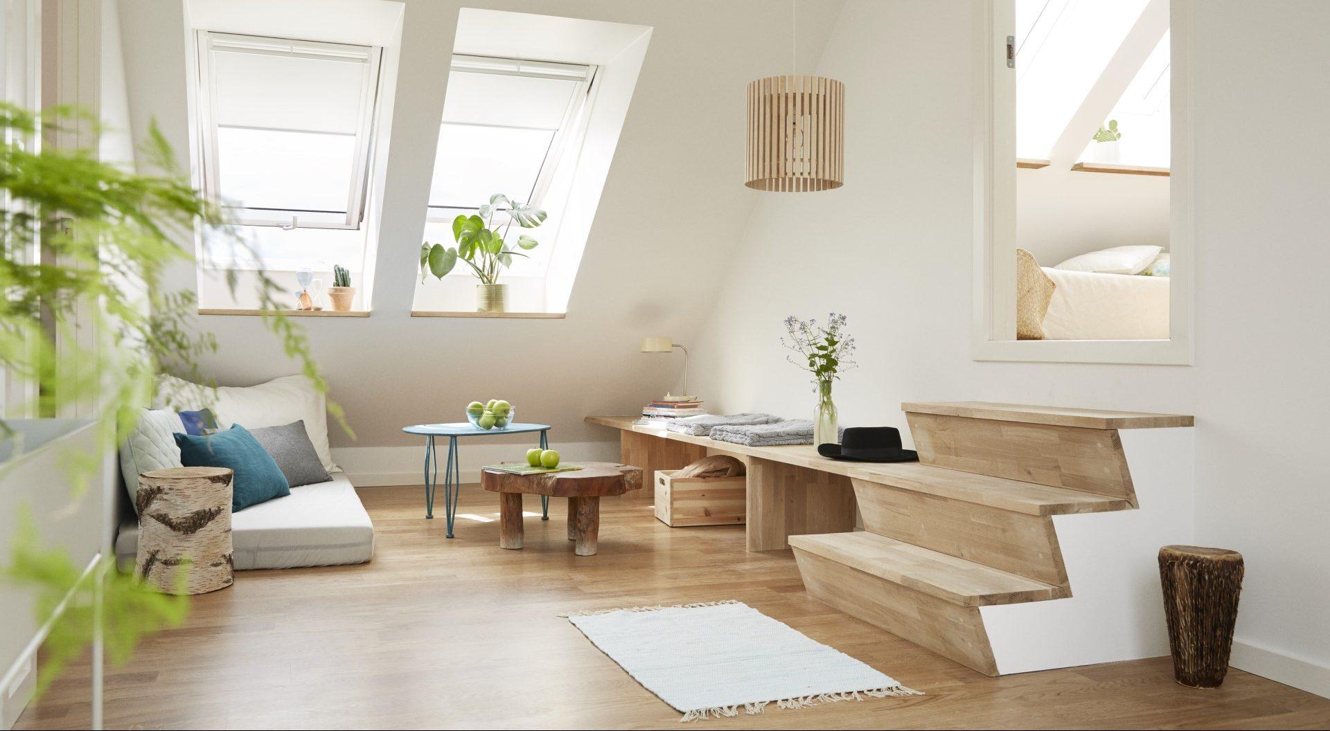 Soffitti Alti Soluzioni : Trucchi indispensabili per i soffitti bassi mansarda