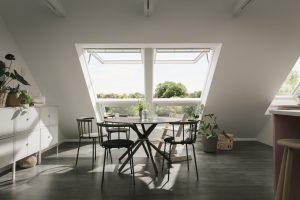 tavolo con finestra bilico vasistas