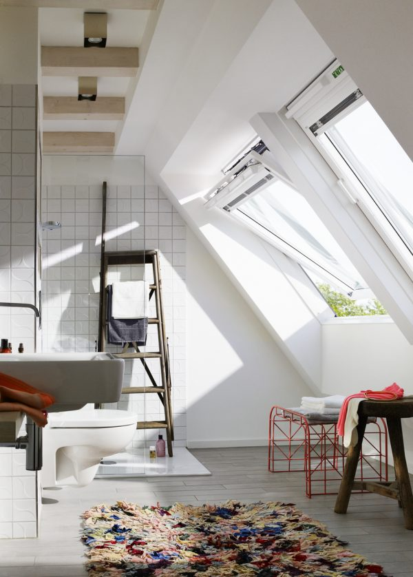 luce e aria in bagno