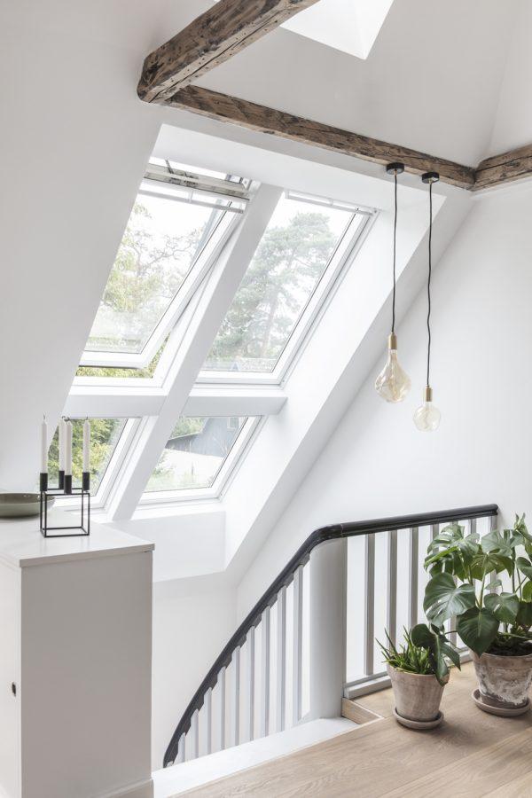 scala con finestra a bilico