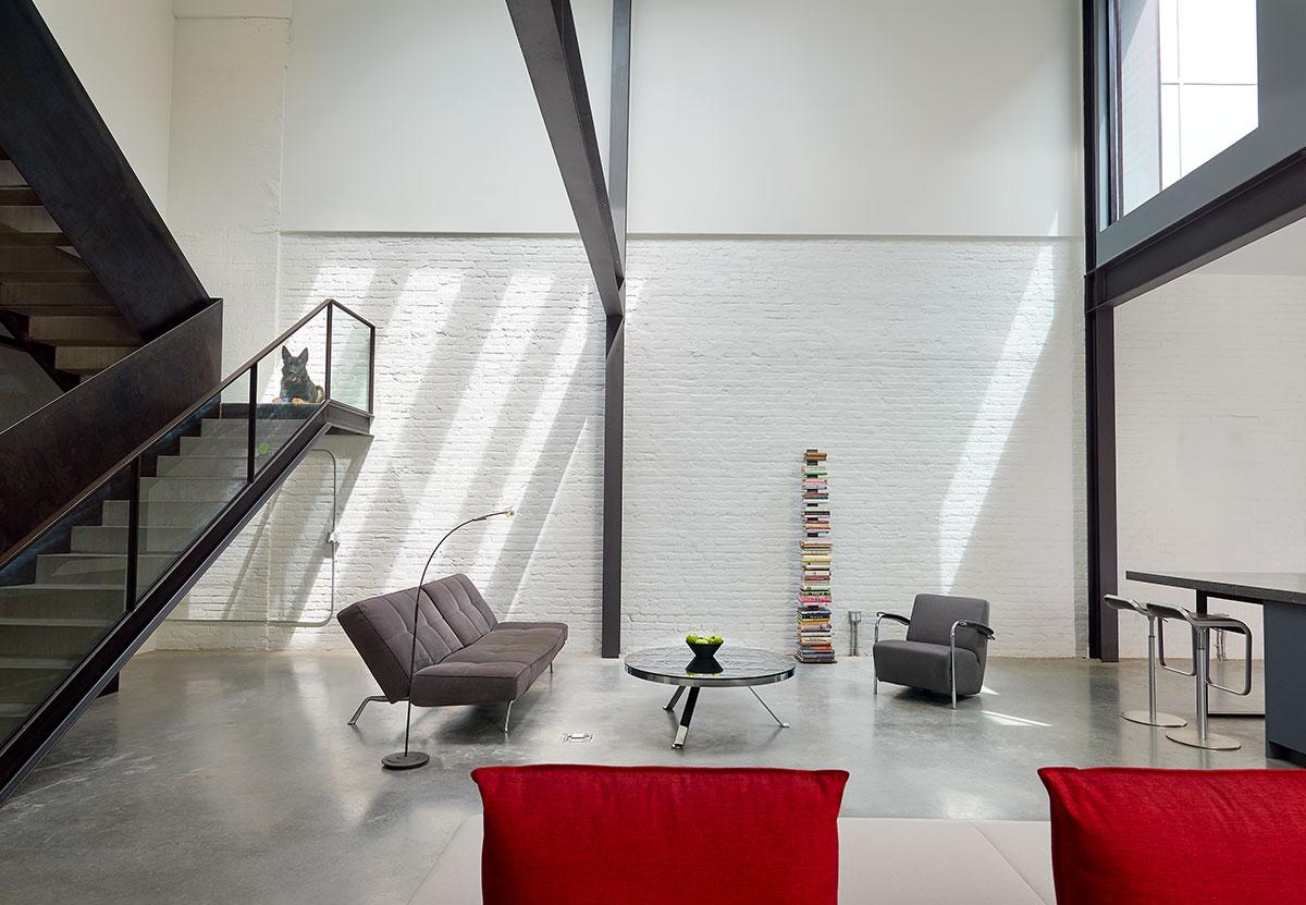 Case A Due Piani un loft su due piani luminoso e accattivante - mansarda.it