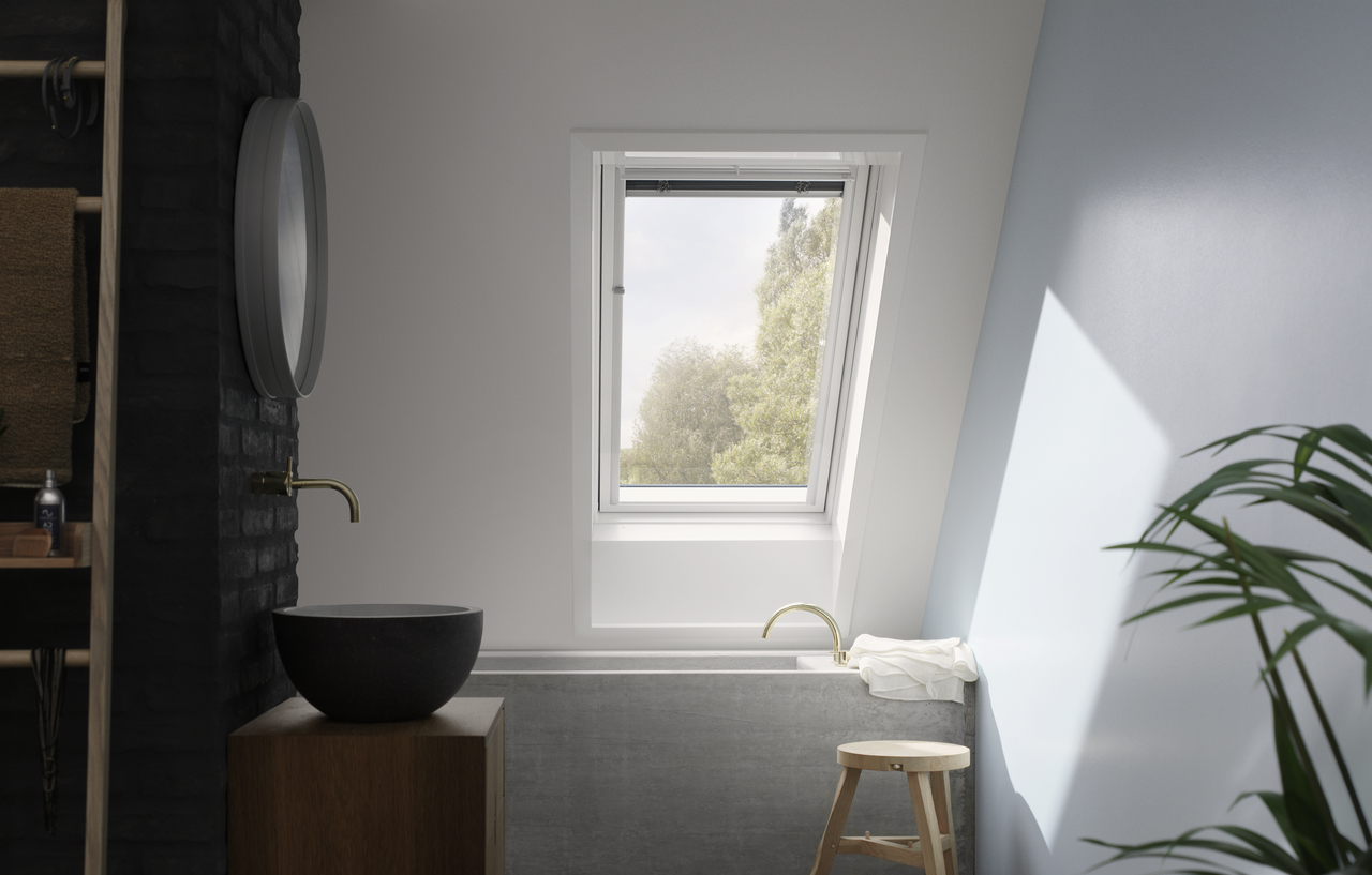 Bagno con una finestra
