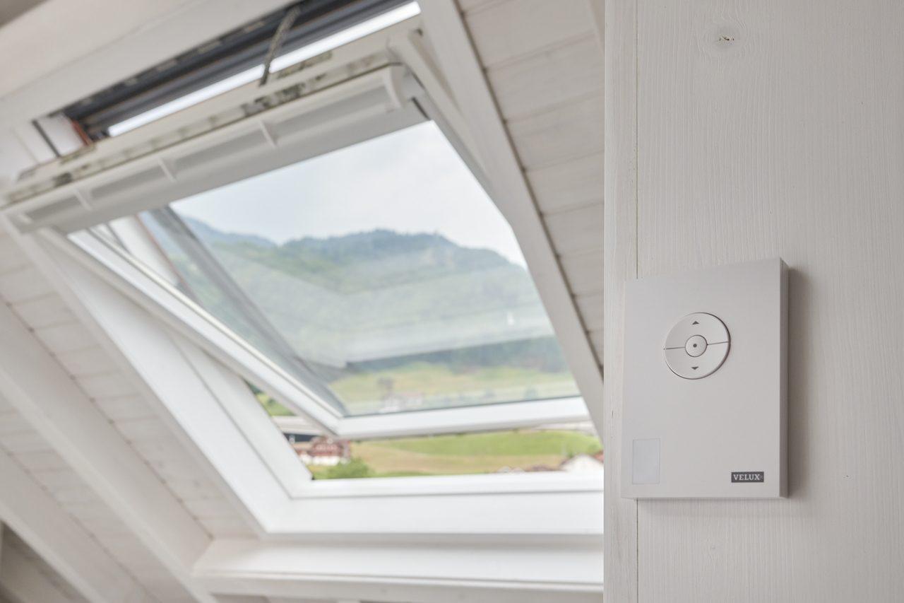 finestra con sensore