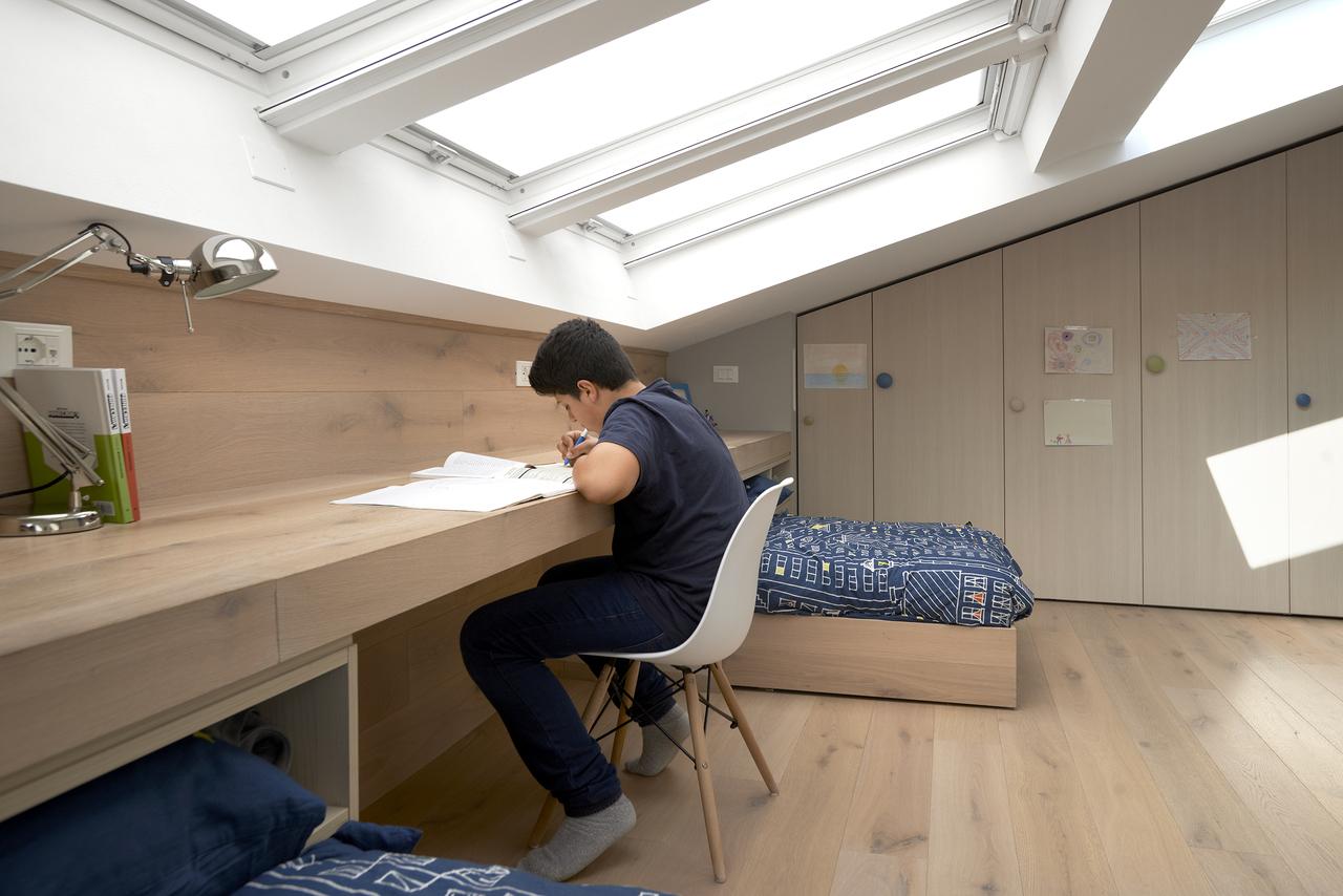 studiare sotto la luce