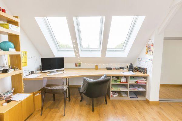 scrivania finestre affiancate